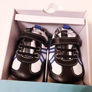robeez baby boy shoes size 2 (3-6m)